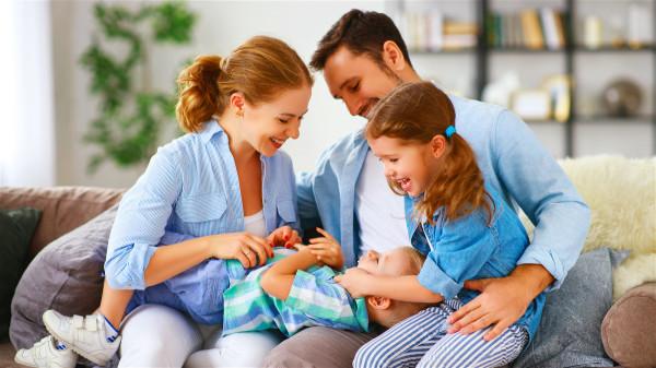儿童治病用药要慎重,动辄使用抗生素,更损害孩子的身体