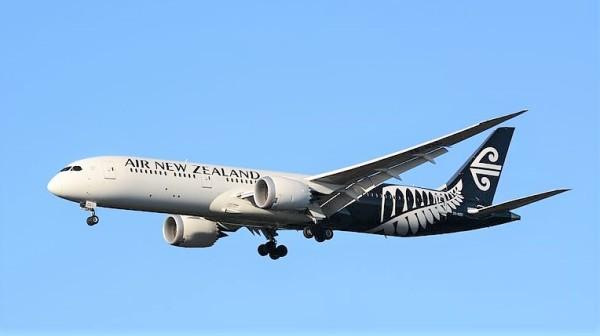 新西兰航空班机日前遭中方拒绝将落,引起众说纷纭。