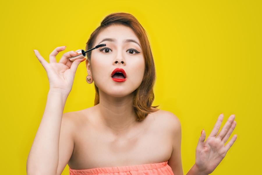 女人的化妆技术真的是越来越厉害了!
