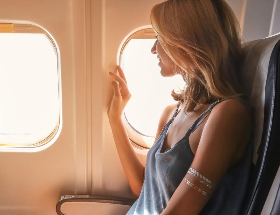 飞机选座秘诀,经济舱最舒适位置在哪?