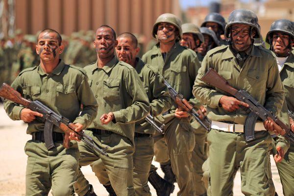利比亚国民军向首都发动攻势 造成惨重损失(图)