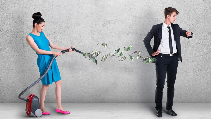 爱你的女人和爱你钱的女人,五个差别,一目了然。
