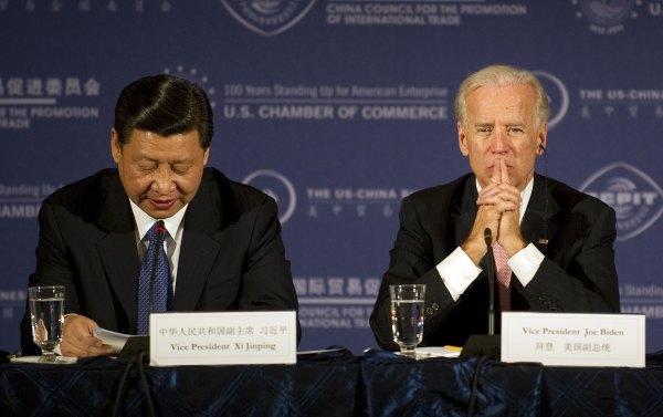 美国前副总统拜登和中国国家主席的习近平