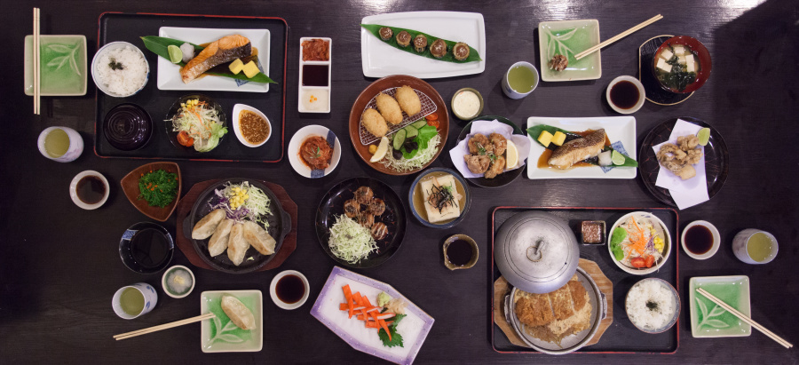 日本人在用餐顺序上也是非常讲究。