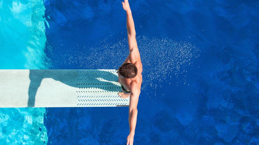 为何跳水运动员一上岸要冲凉?