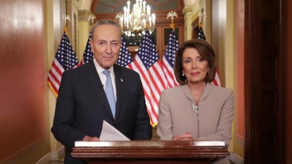 众议院议长佩洛西(Nancy Pelosi)和参议院少数党领袖舒默(Chuck Schumer)