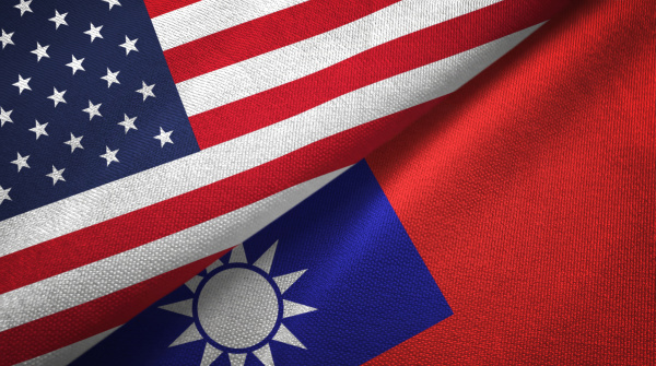 在美國前總統歐巴馬任內擔任國務院亞太助卿的羅素提醒,美方挺台必須更審慎運用技巧與策略,確保在台海和平之下,不致傷害台灣的民主、安全、繁榮及美國的自身利益。