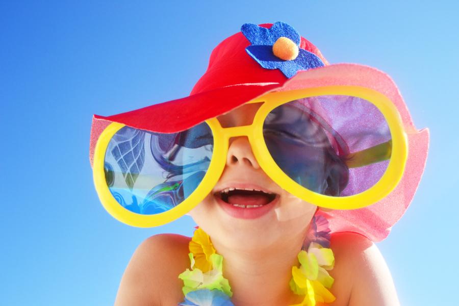 有些人认为孩子在充分发育之前就在思考,记忆和发展。