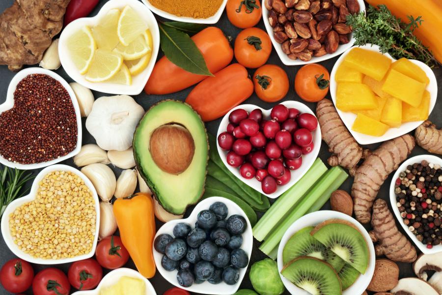 均衡的饮食才能提供人体需要的完整营养