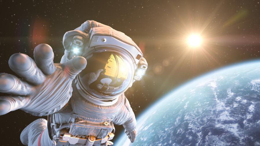 为何太空装不是橘色就是白色,穿错就等着掰掰!