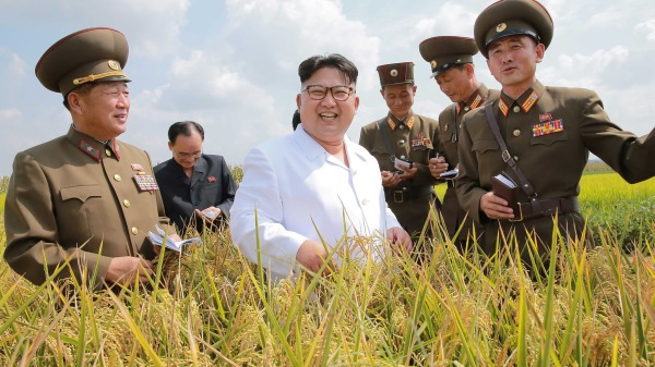 """去了趟朝鲜 寻找""""幸福""""的朝鲜人(组图)"""