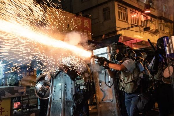 致香港前线警方人员的公开信(组图)