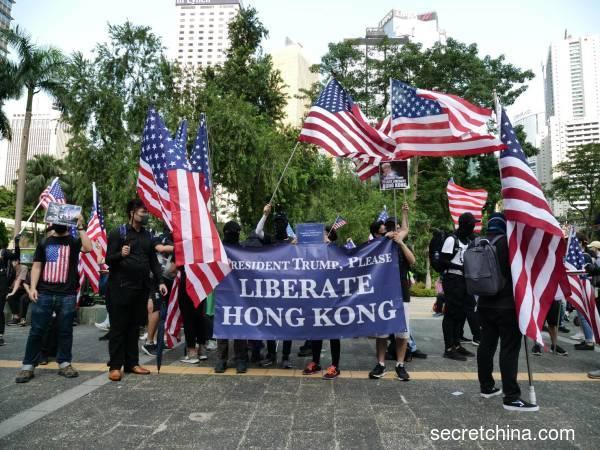 香港抗议者为什么向美国求助(组图)